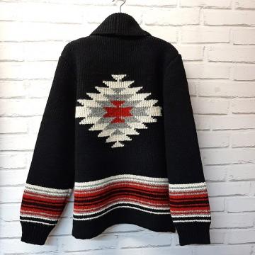 Cardigan noir Amerindien